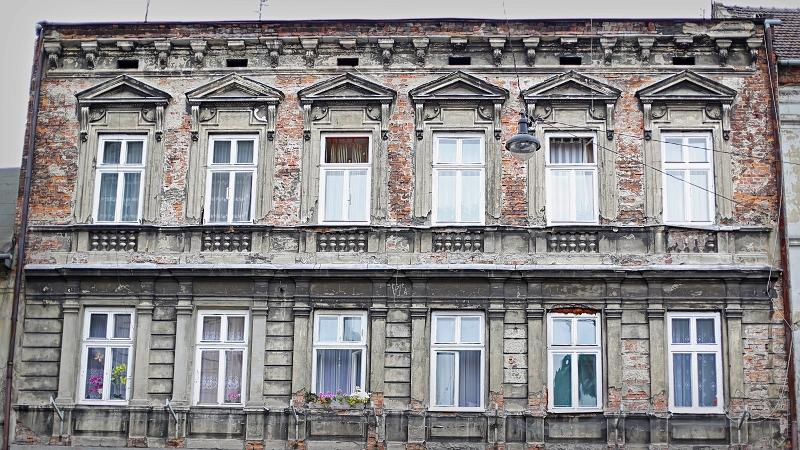 Zaniedbane kamienice w Krakowie
