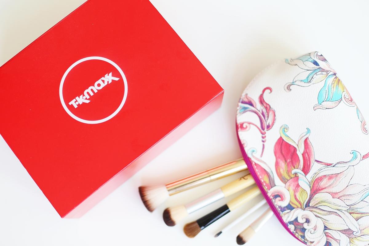 Beauty box TK Maxx - pędzle do makijażu