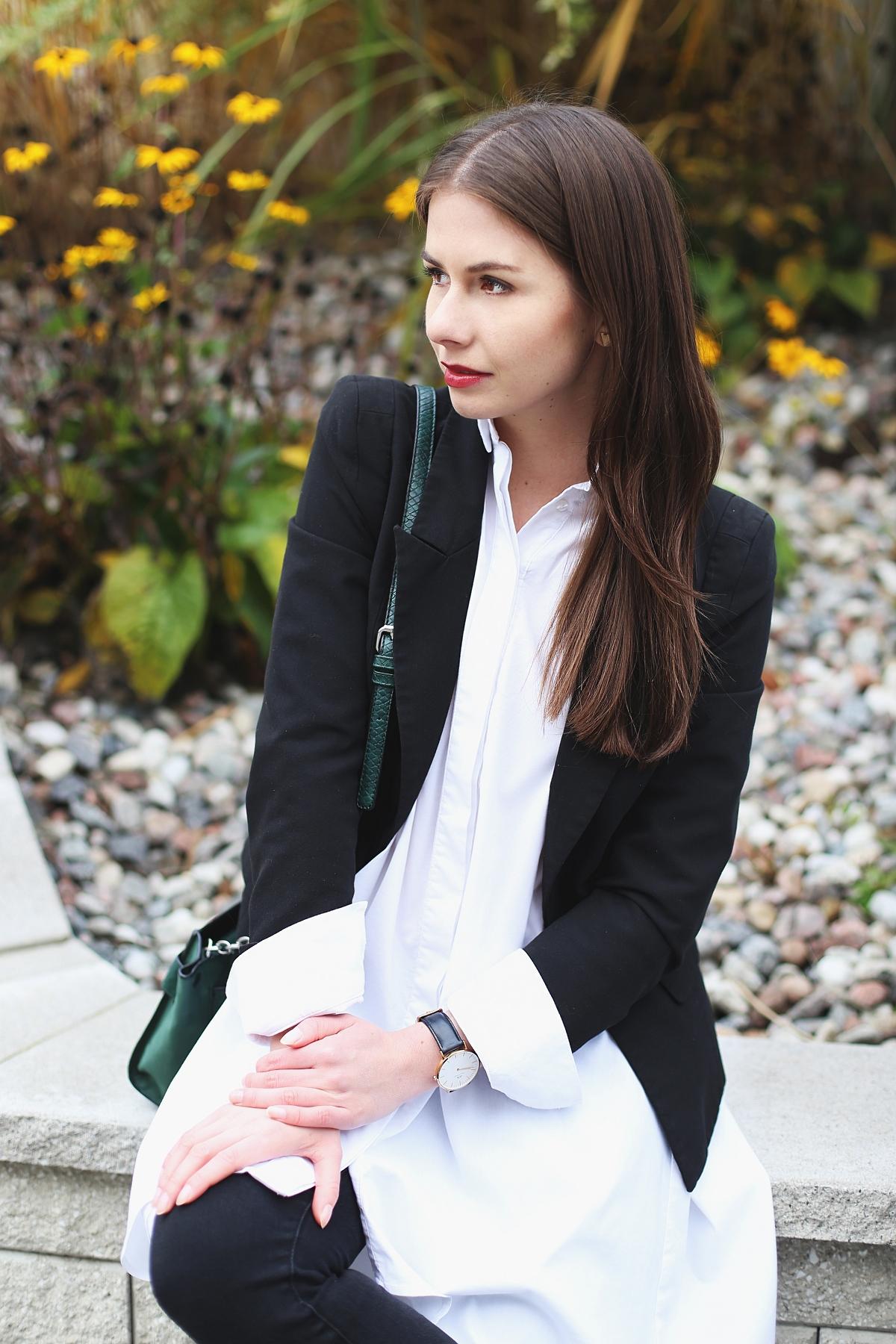 Biała przedłużana koszula - minimalizm