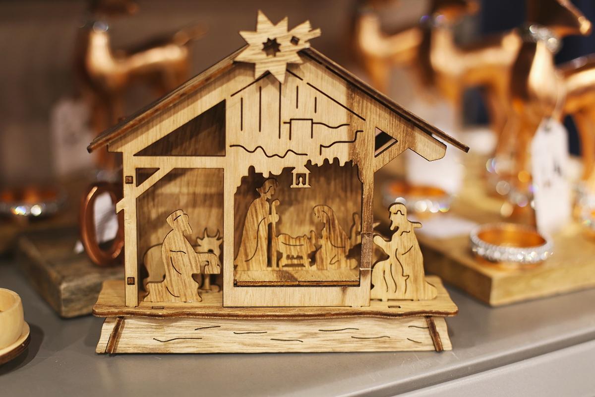 Drewniane ozdoby na święta