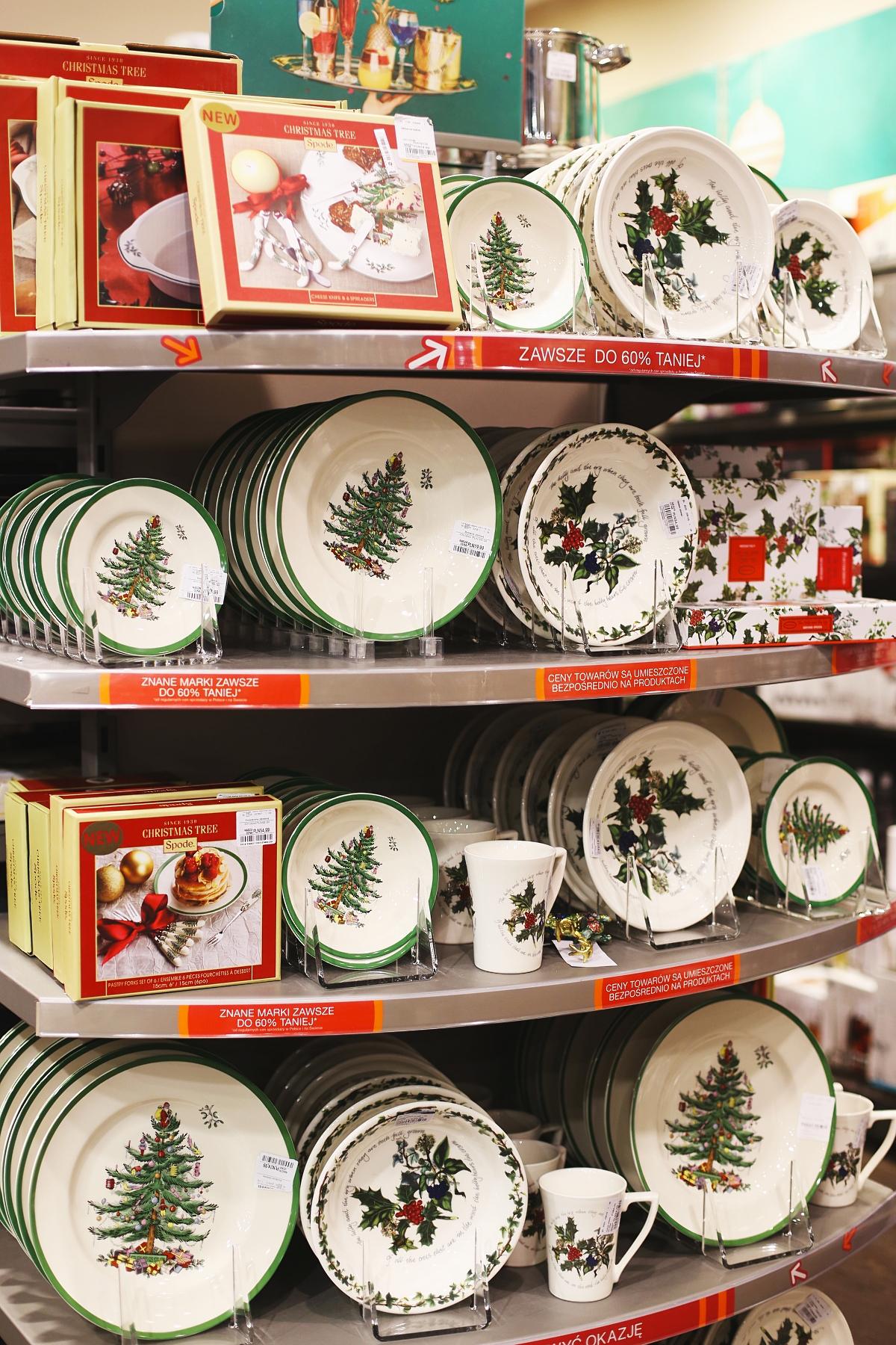Talerze i kubki świąteczne - akcesoria do kuchni