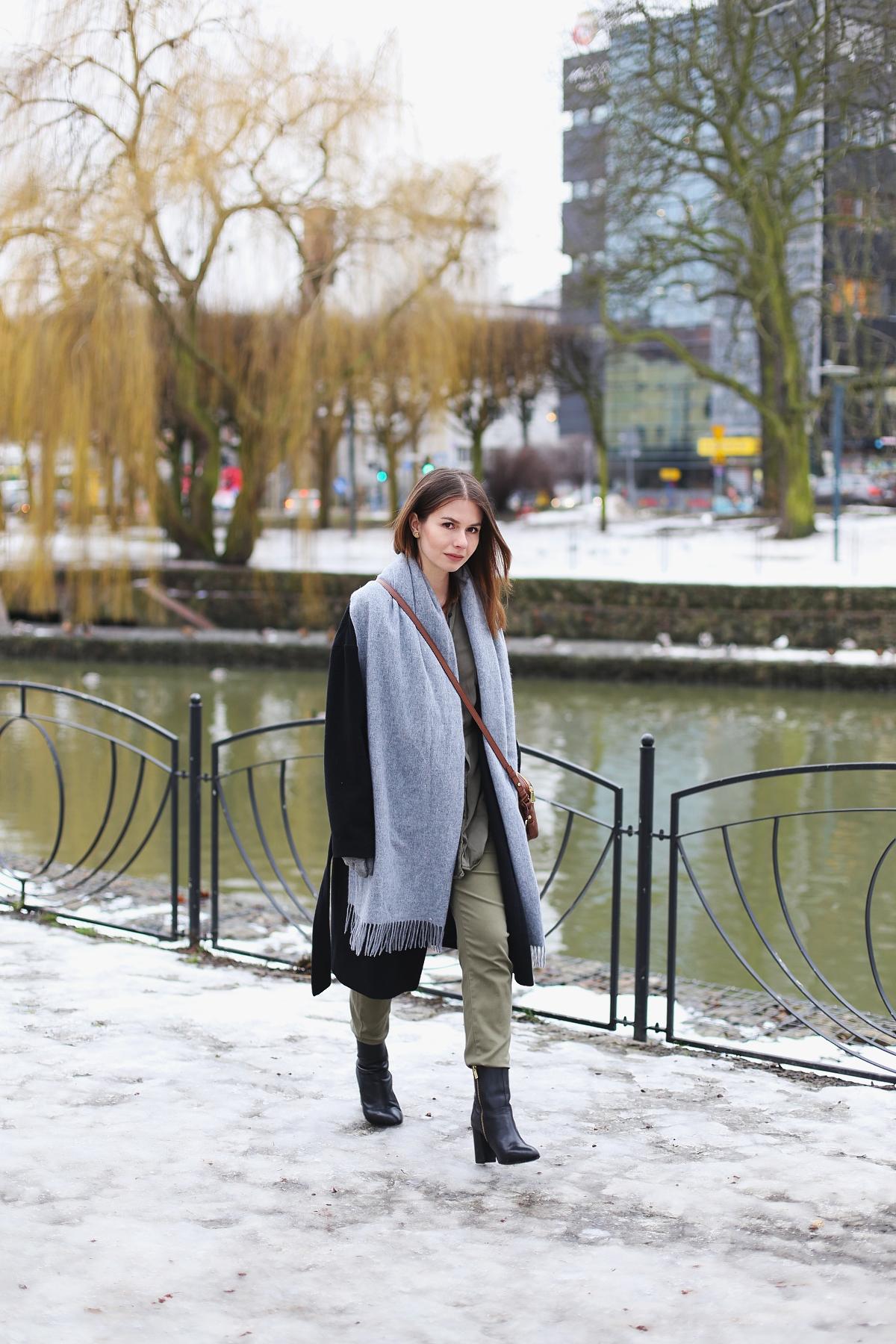 Khaki od stóp do głów - zimowa stylizacja