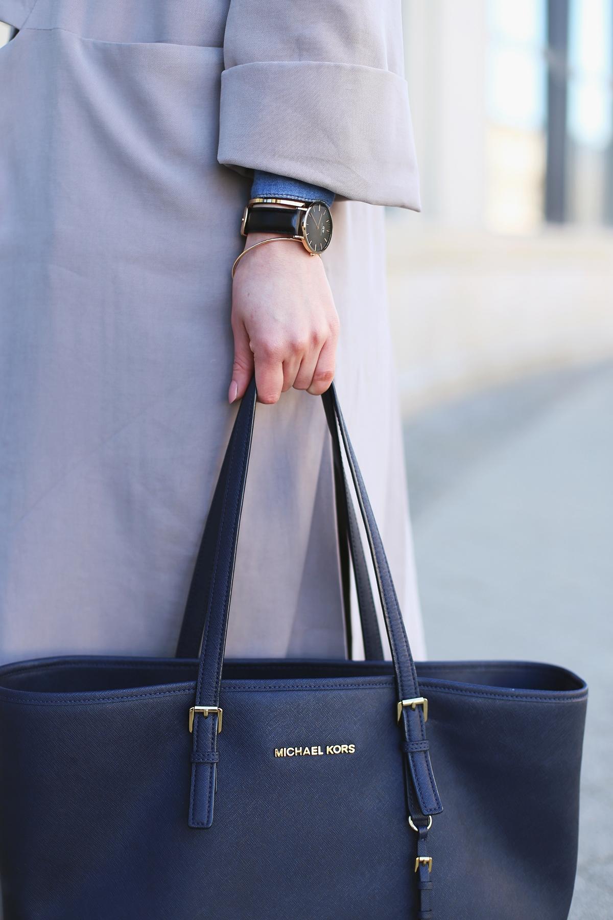 Nowa kolekcja Pro-be: długi płaszcz z rozcięciami po bokach