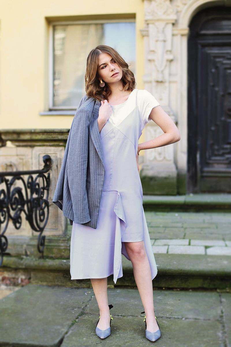 Jak nosić elegancką sukienkę na co dzień?