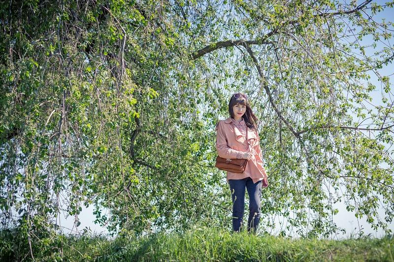 Spacer wśród drzew