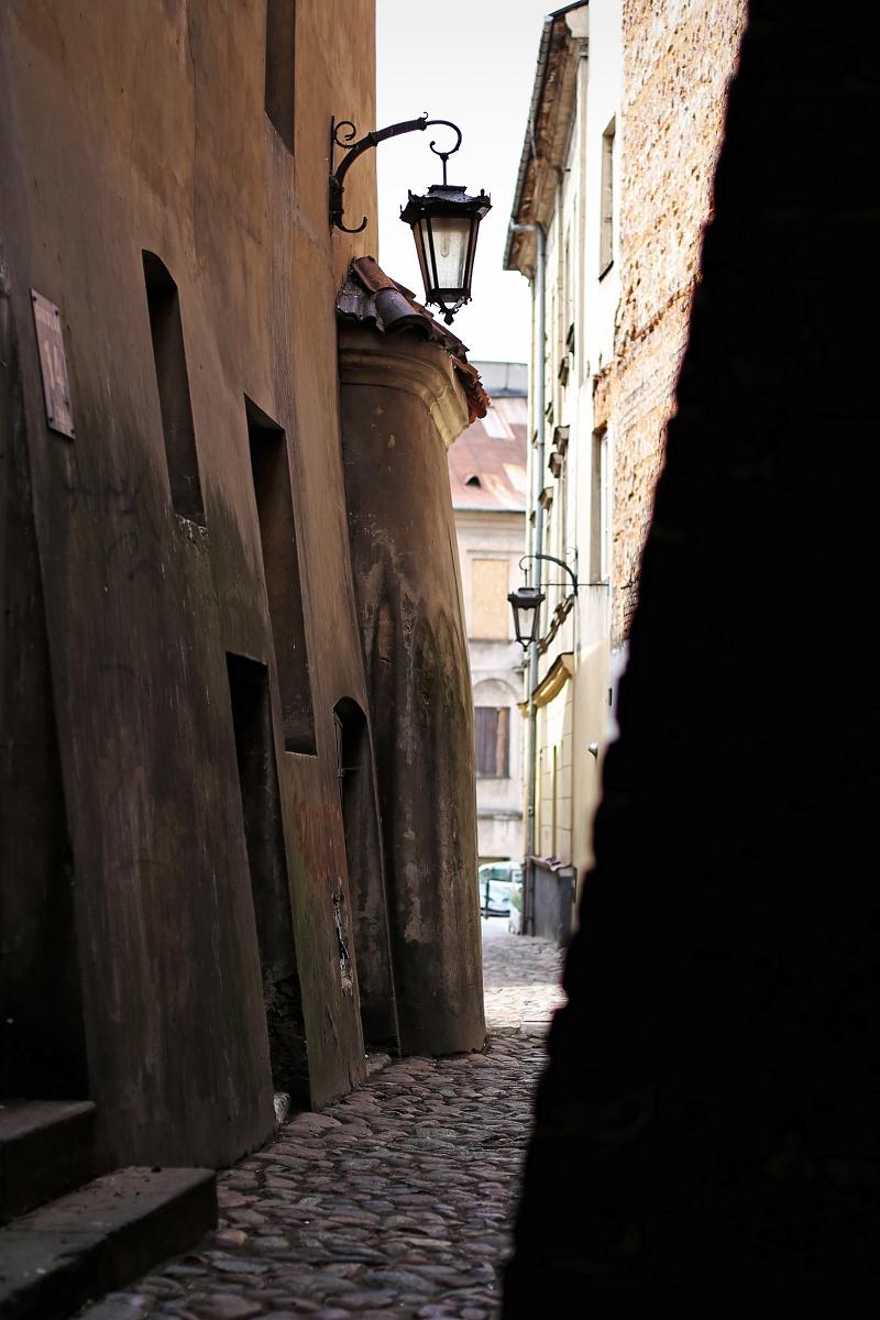 Klimatyczna wąska uliczka - Stare Miasto Lublin