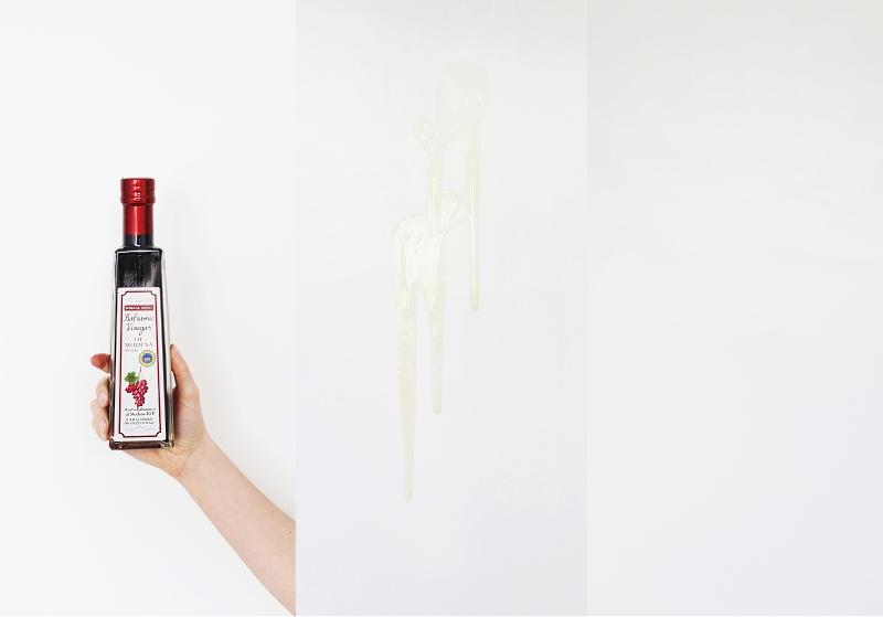 Jak zmazać plamy z tłuszczu z białej ściany?