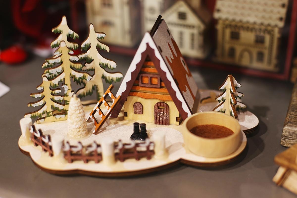 Drewniana ozdoba świąteczna