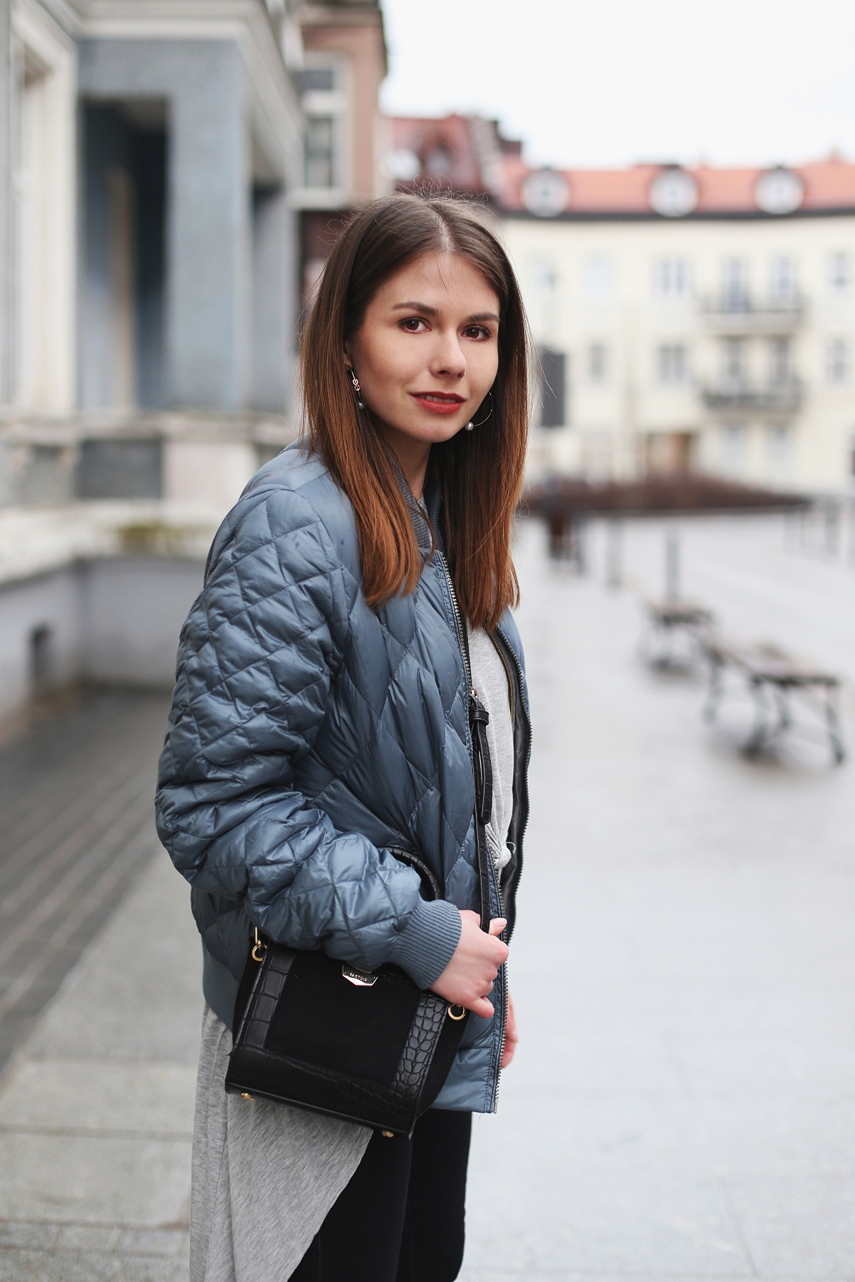 Blog o modzie - niebieska puchówka