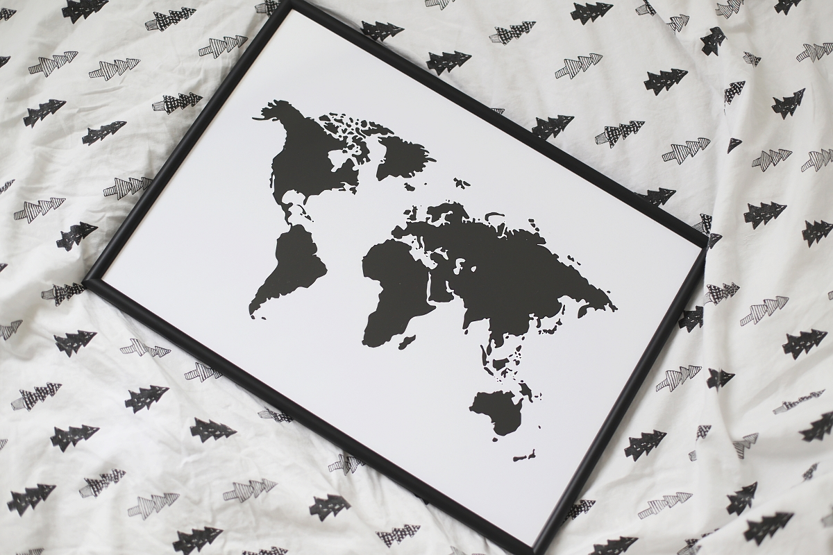 Czarno białe grafiki na ścianę - mapa świata