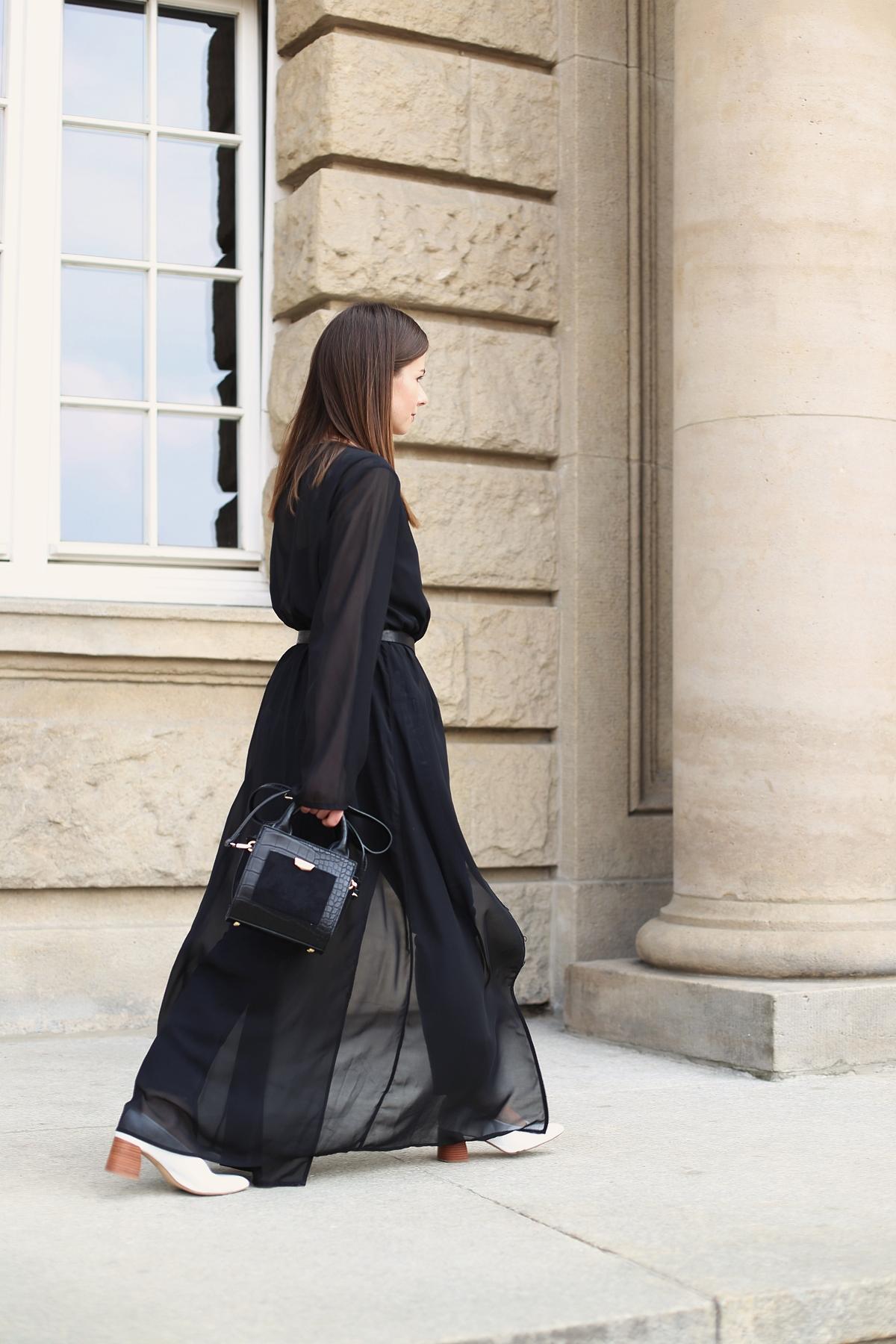 Stylizacja: transparentna sukienka maxi