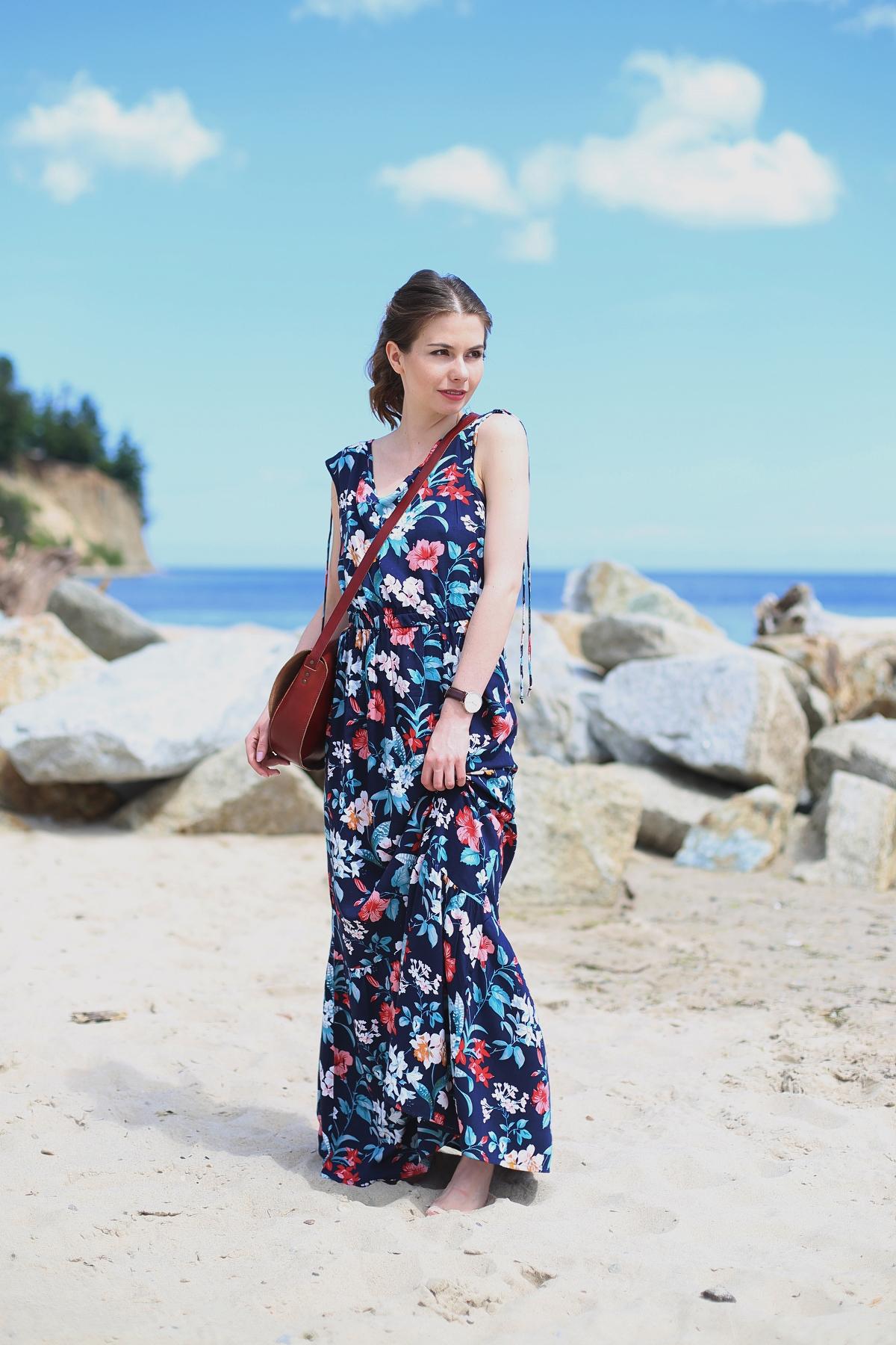 Kwiatowa sukienka maxi - sesja w Gdyni
