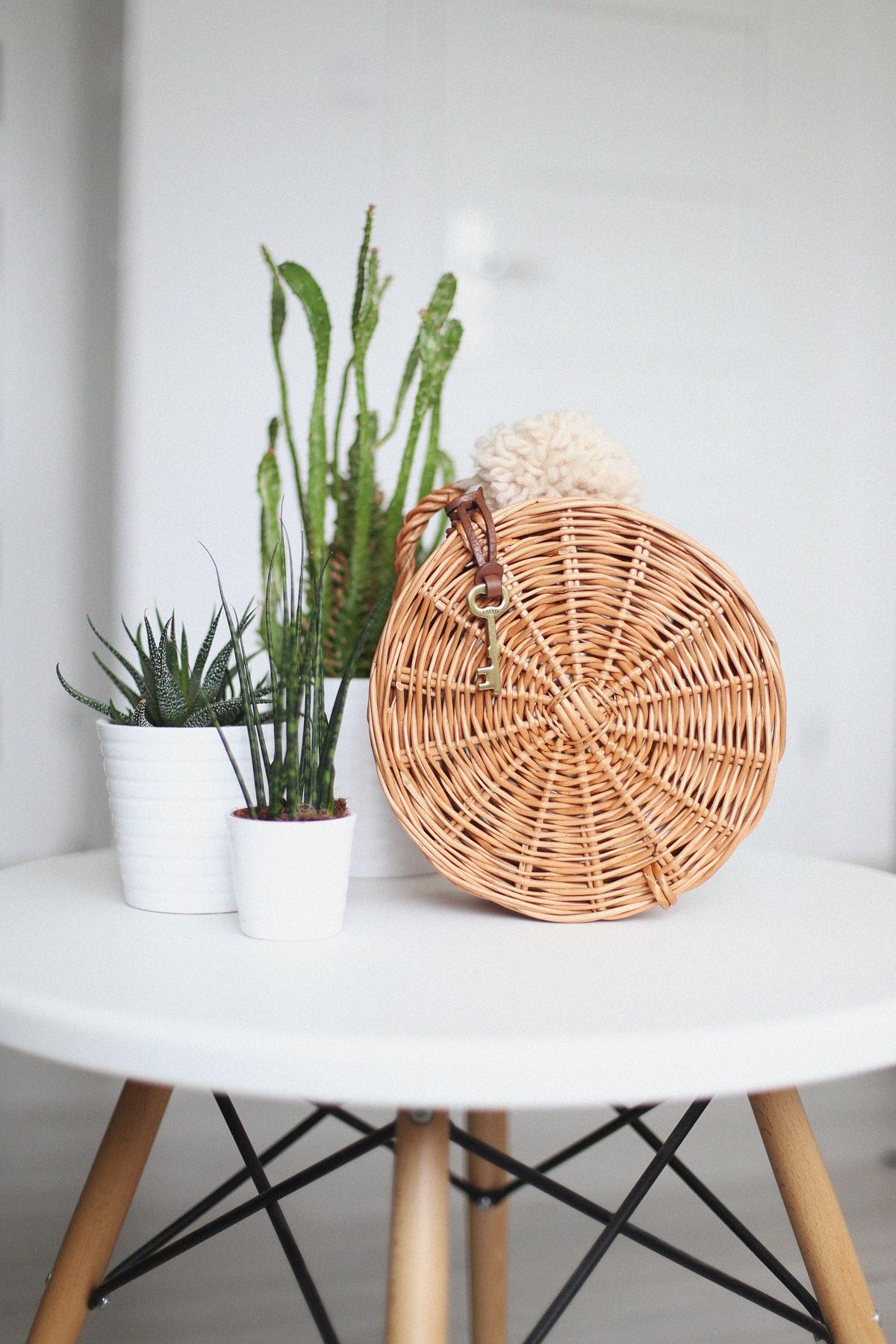 Okrągła torebka z wikliny za mniej niż 50 zł - DIY