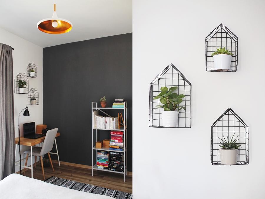 sypialnia - półki w kształcie domków
