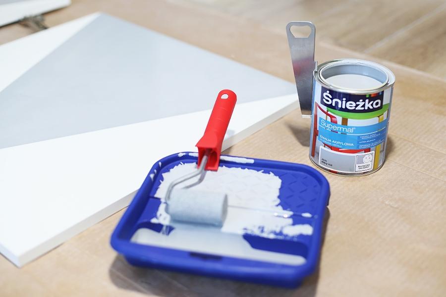 Metamorfoza komody - DIY - malowanie frontów- Śnieżka Supermal
