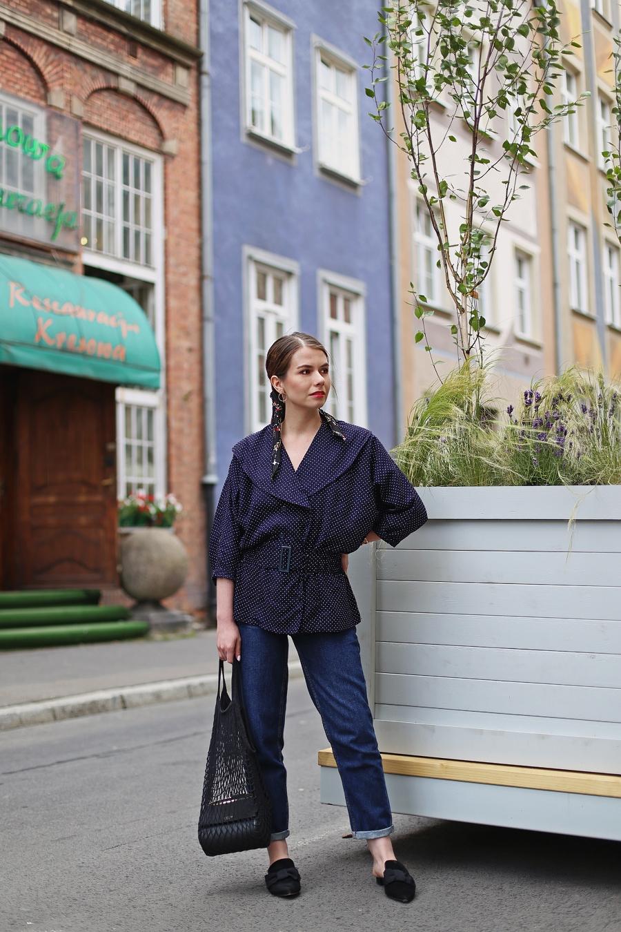 Koszula vintage w groszki, mom jeans,, siatka na zakupy PRL, klapki mule