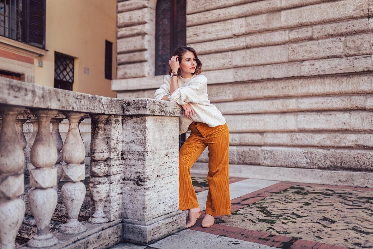 sesja w rzymie sztruksowe spodnie sztruks sweter mules