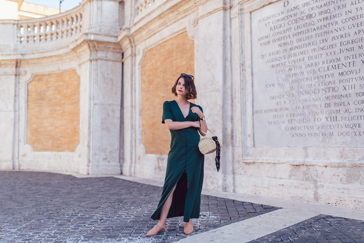 zielona sukienka maxi sesja w rzymie schody hiszpańskie
