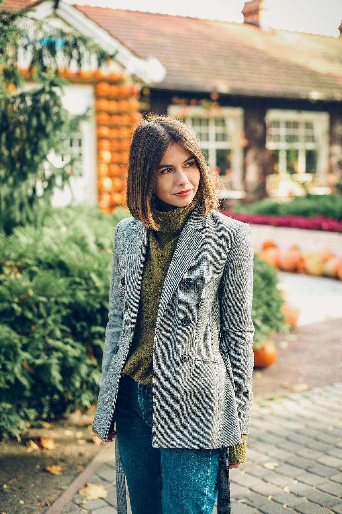 jesienne trendy szary sweter brąz sesja white marlin dynie sopot