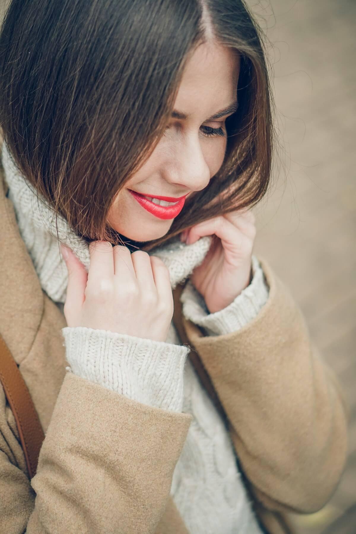beż sweter secondhand