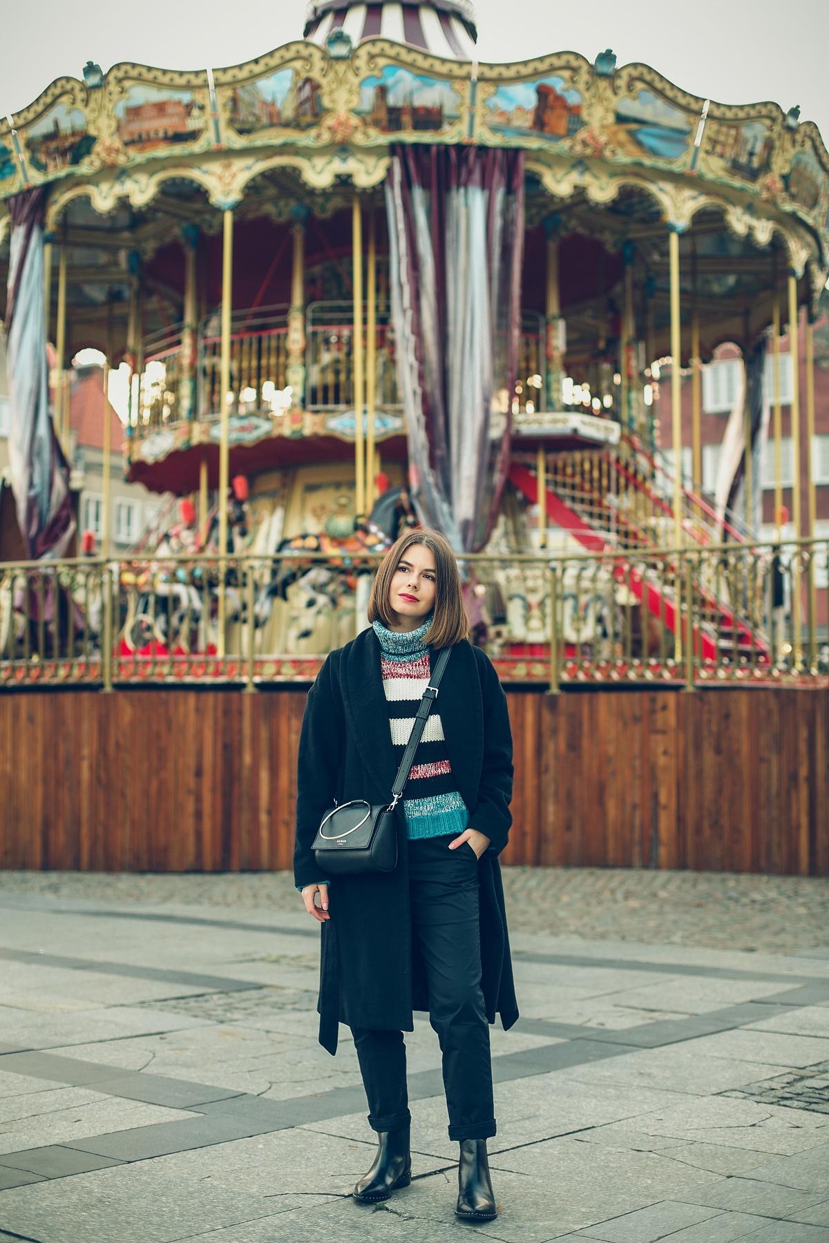 wełniany sweter z secondhandu sesja karuzela gdansk
