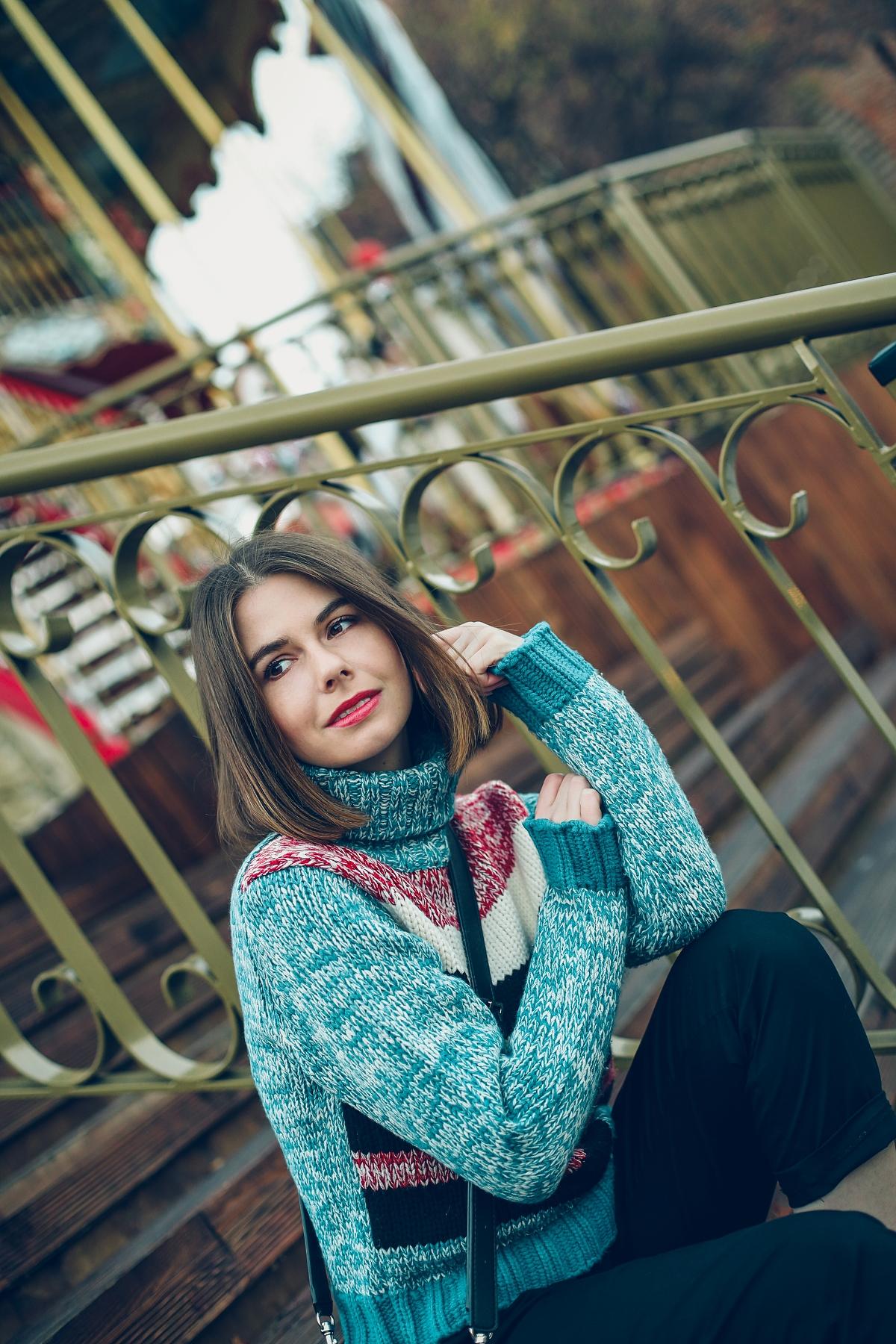 welniany sweter w paski lumpeks