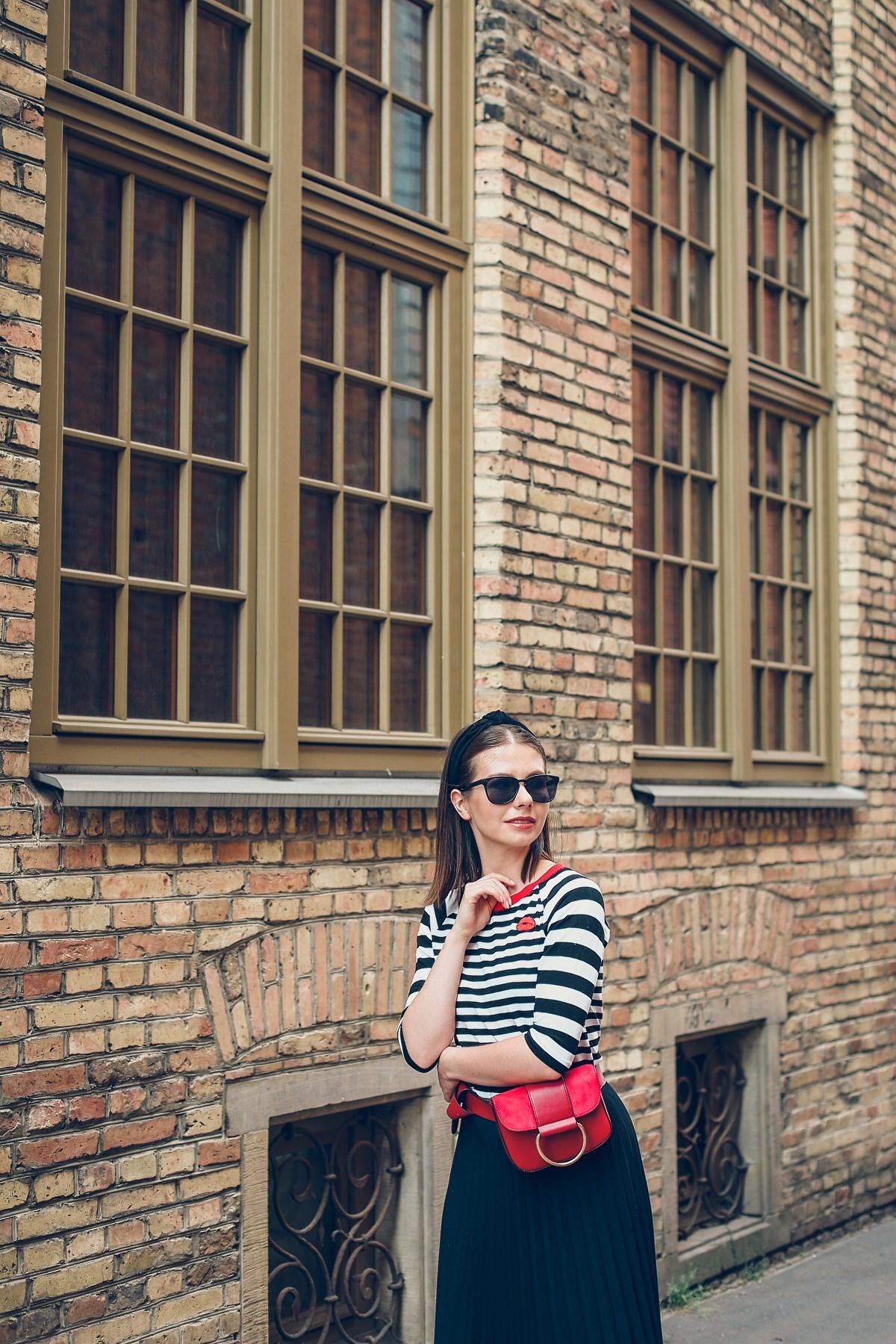 black red white stylizacja miejska blog modowy