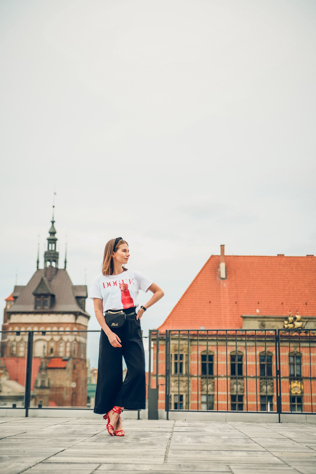 tshirt dogue culottes kuloty czerwone sandaly forum gdansk