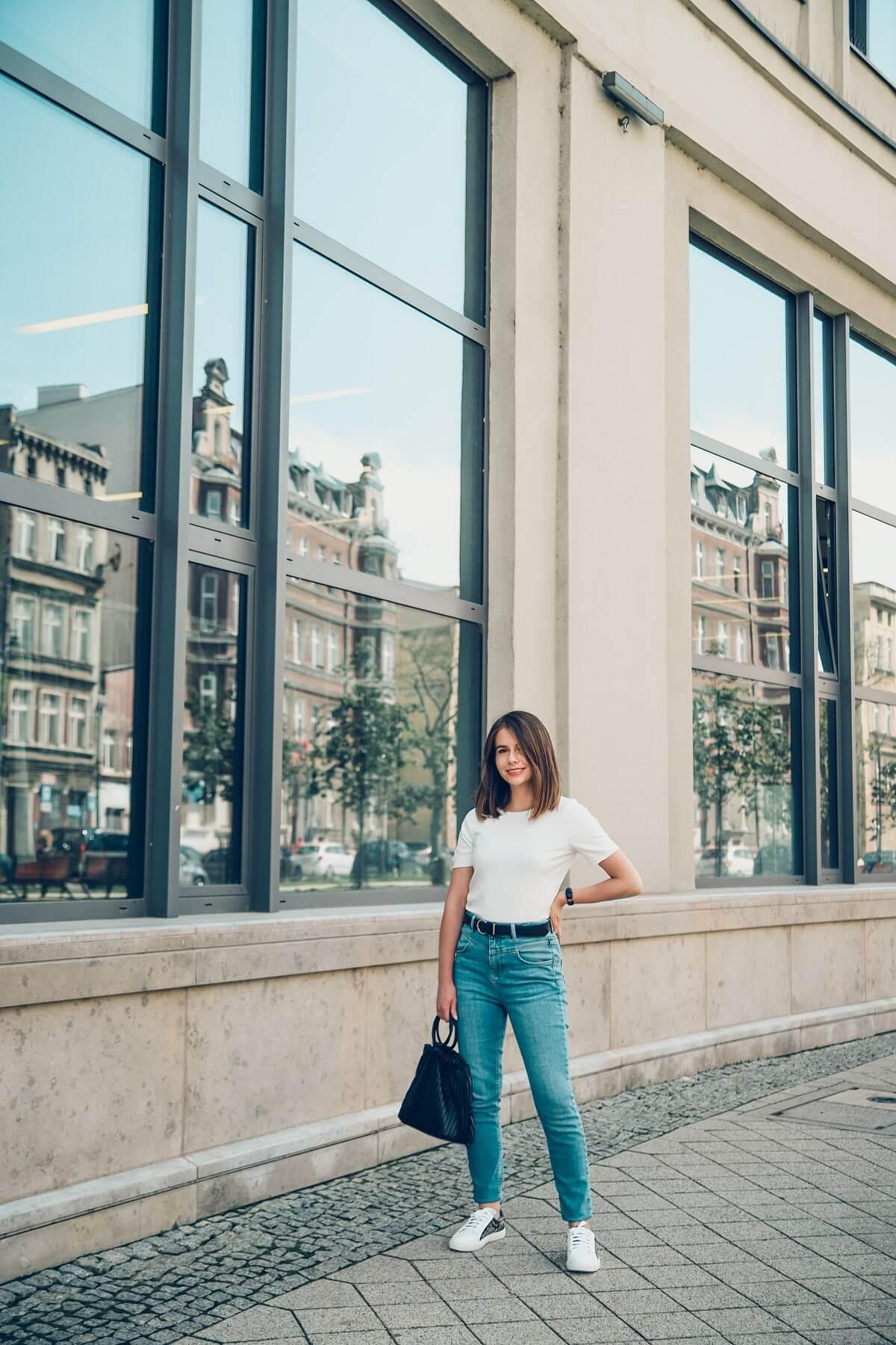 jak nosic jeans stylizacja blog modowy