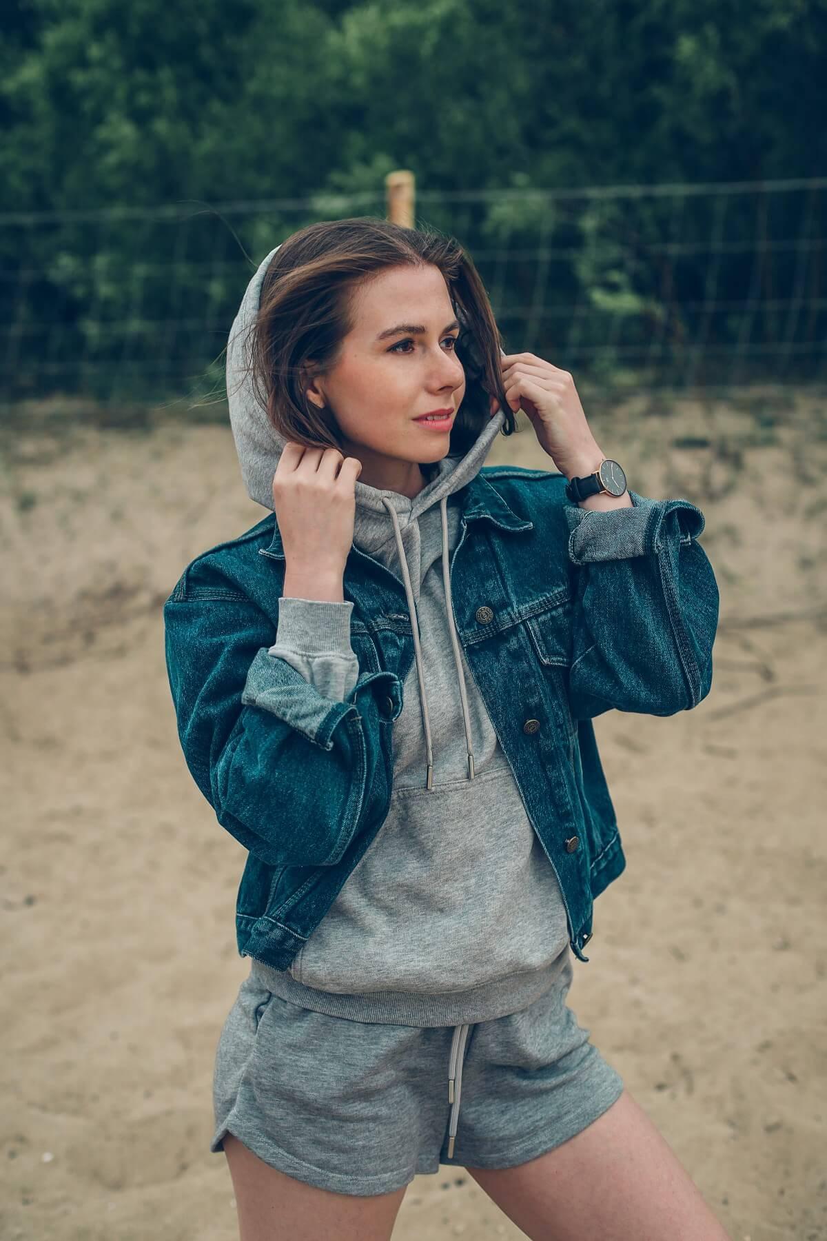 szary dres szorty H&M stylizacja katana