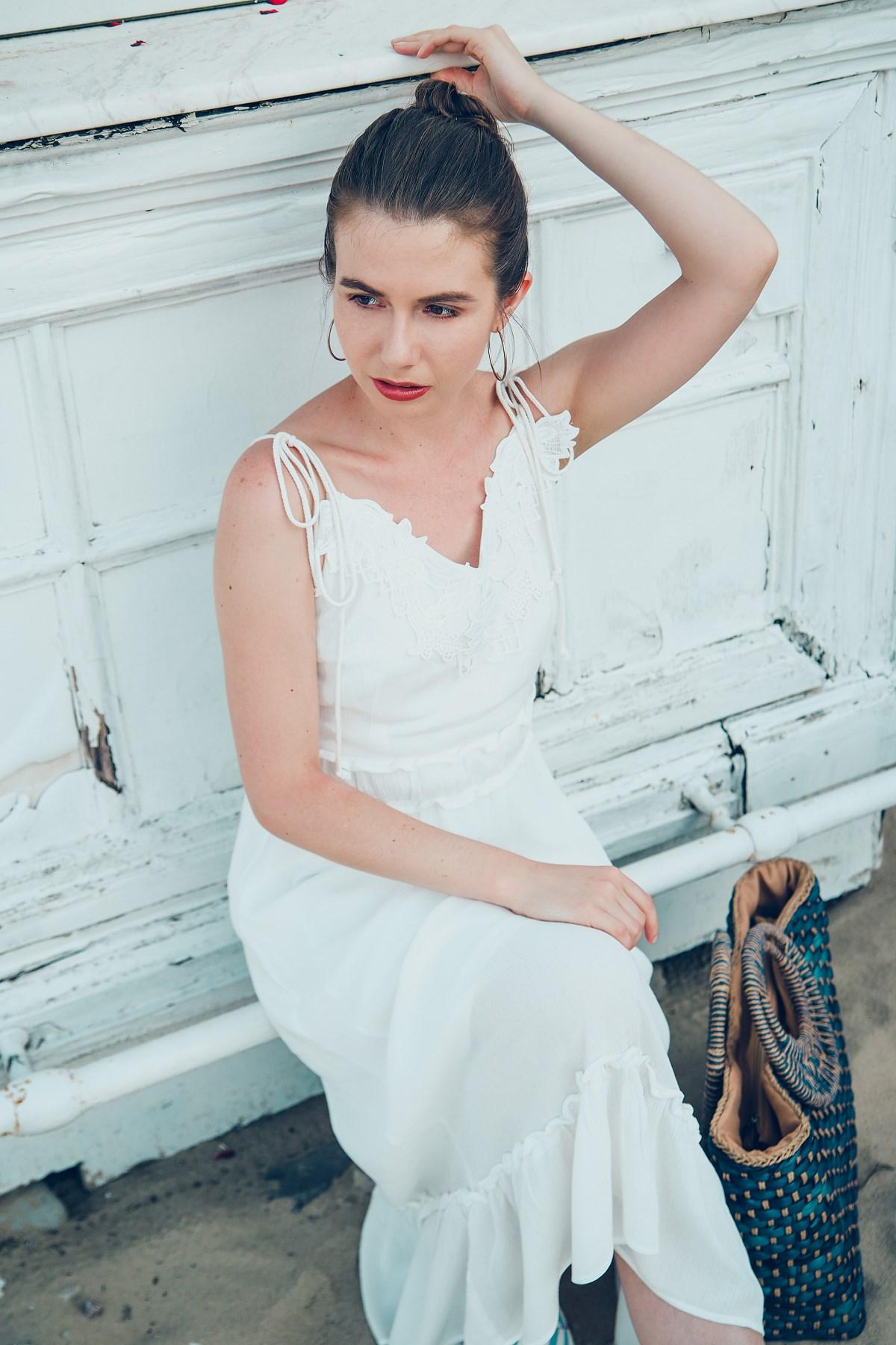 biała sukienka sesja modowa