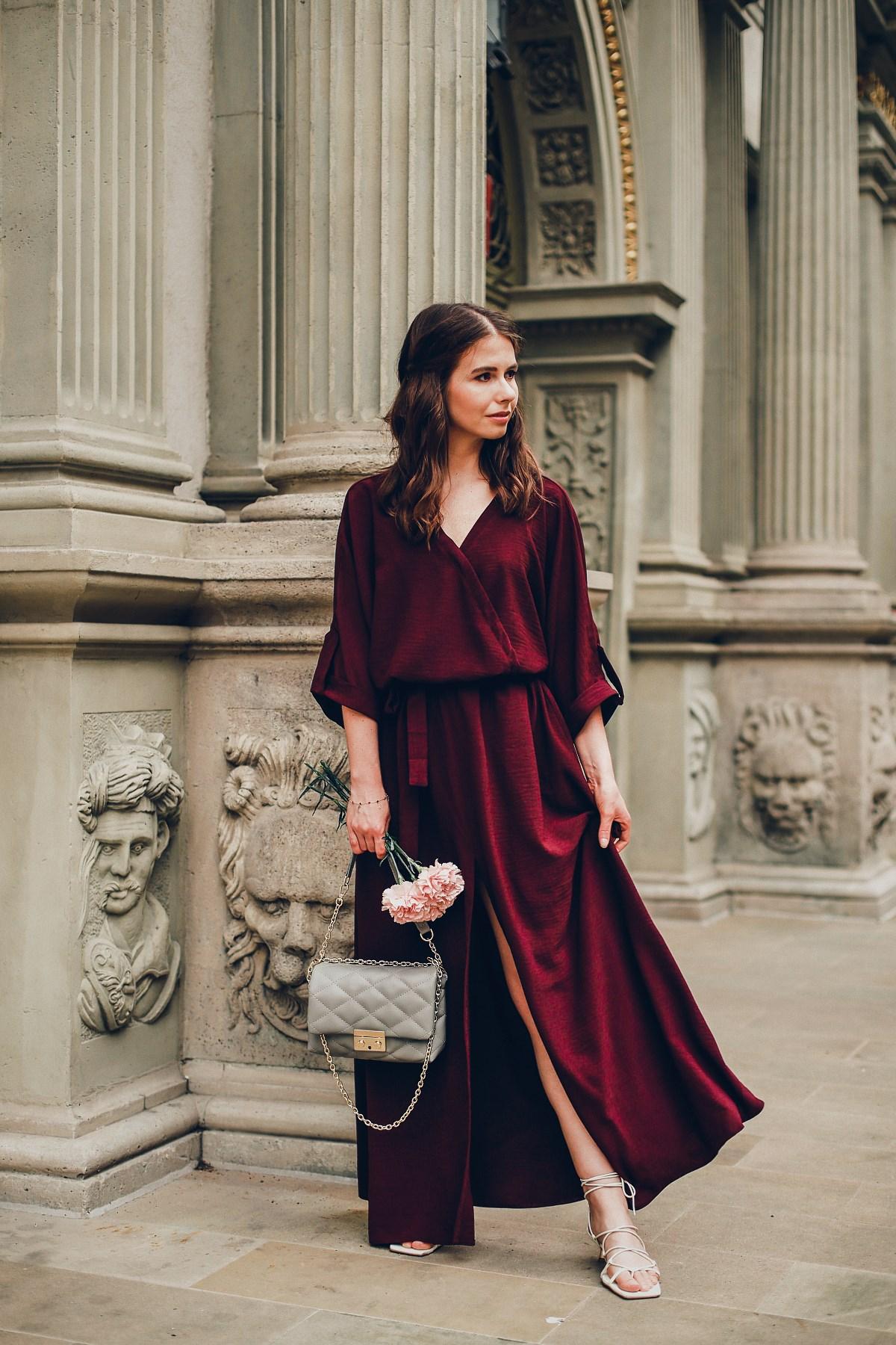 śliwkowa sukienka maxi naoko
