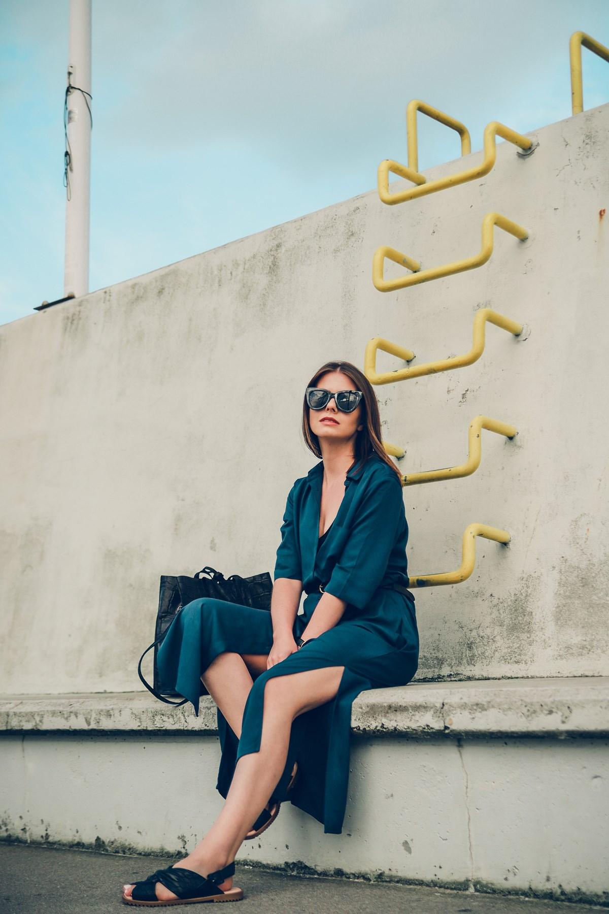 sukienka maxi czarne dodatki sesja gdynia