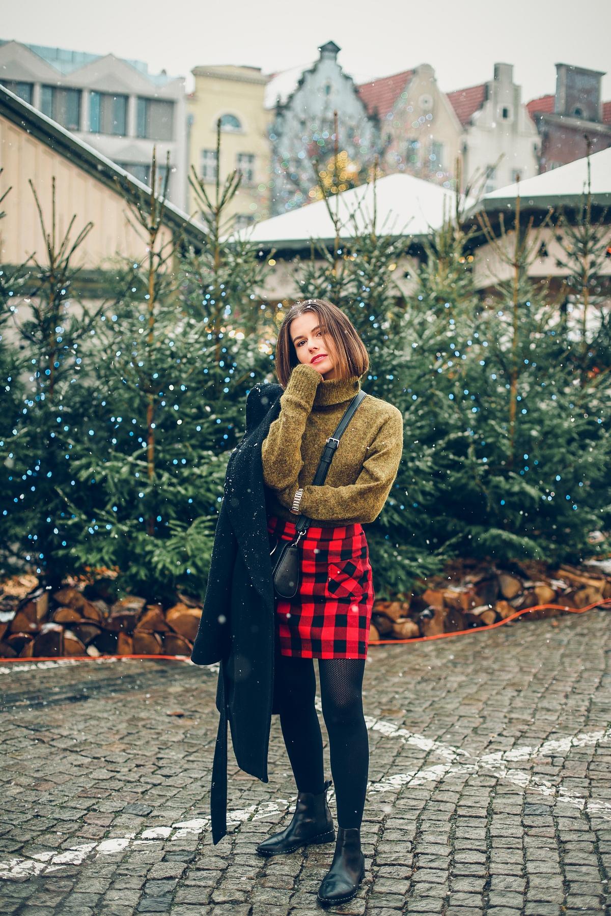 mini spódniczka w kratę jarmark bożonarodzeniowy Gdańsk (10)
