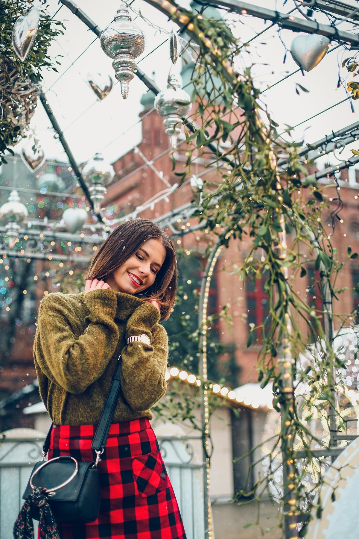 mini spódniczka w kratę jarmark bożonarodzeniowy Gdańsk (25)
