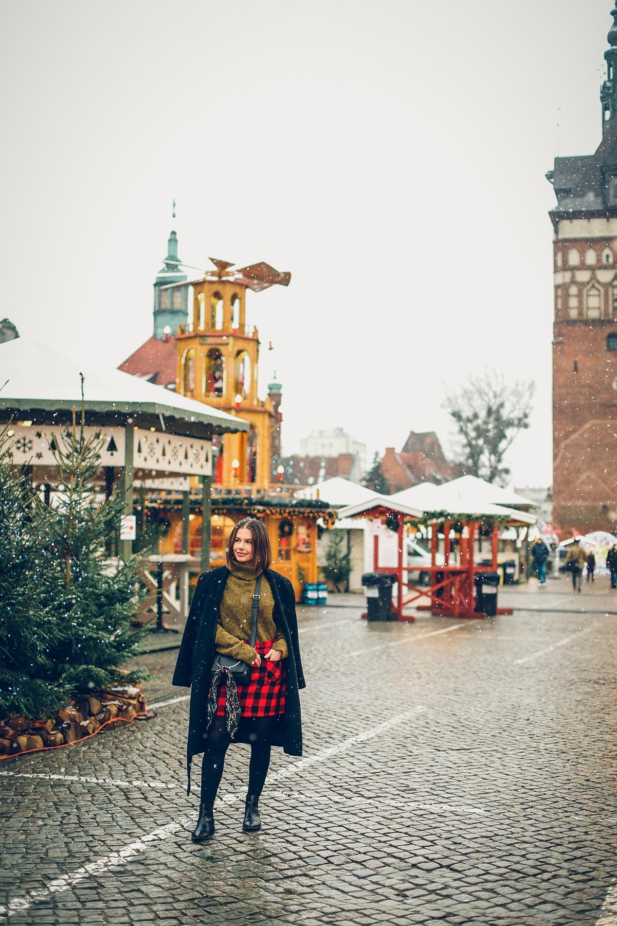 mini spódniczka w kratę jarmark bożonarodzeniowy Gdańsk (7)