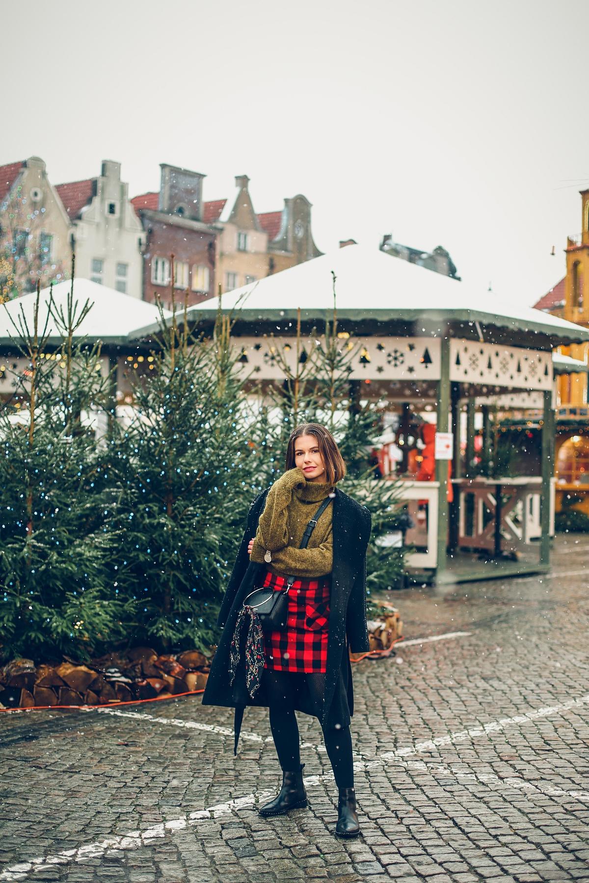 mini spódniczka w kratę jarmark bożonarodzeniowy Gdańsk (8)