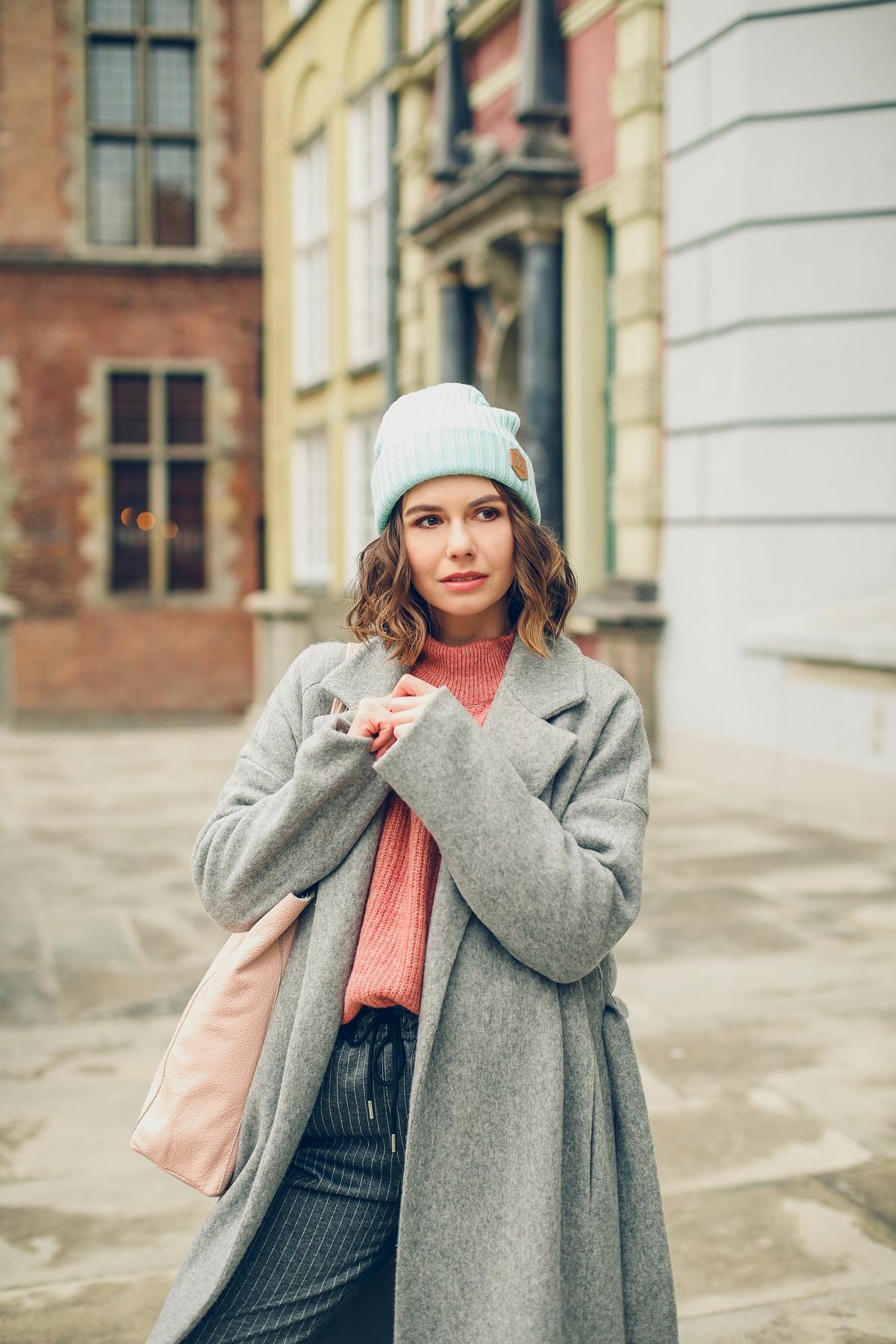 pastele sesja gdańsk answear plaszcz welniany sweter