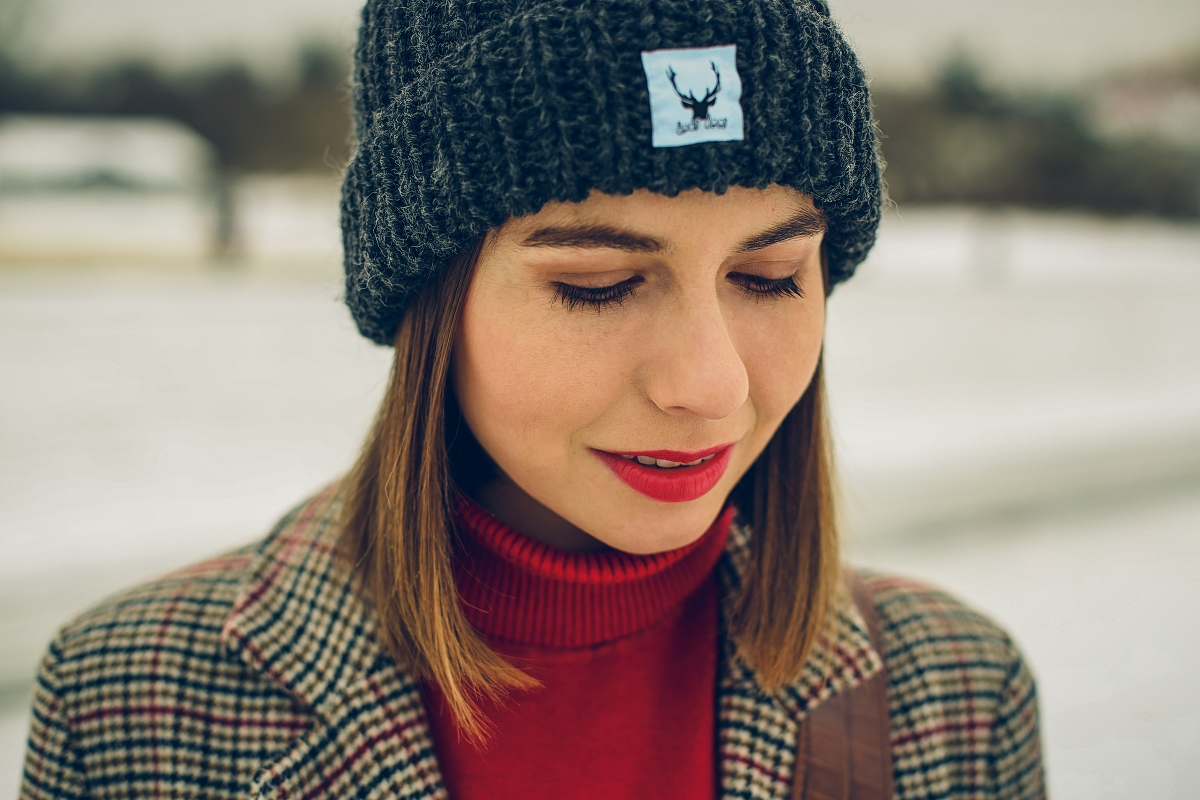 zimowa stylizacja blog modowy czerwony golf (8)
